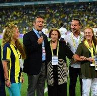 Fenerbahçeden Lefterin ailesine plaket
