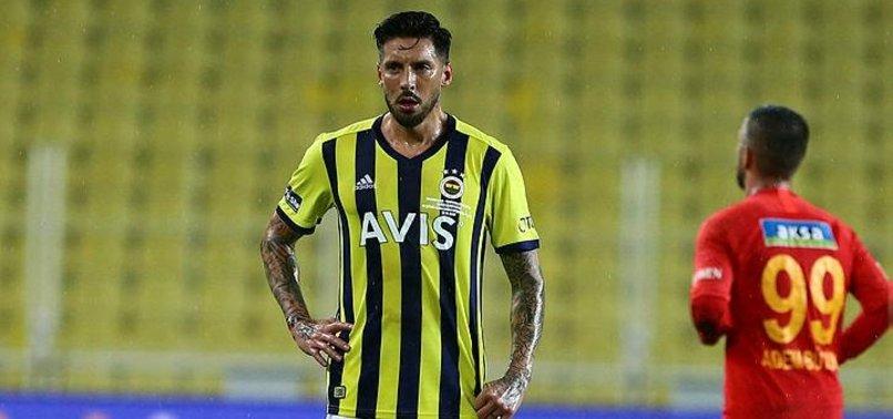 Sosa'nın eşi Carolina'dan kafa karıştıran paylaşımlar! Trabzonspor ve Fenerbahçe...