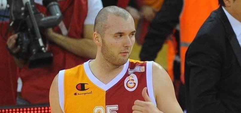Eski Galatasaraylı Milan Macvan basketbolu bıraktı!