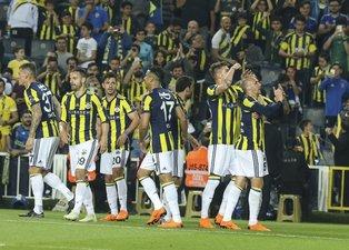 Fenerbahçe deplasmanda topladığı puanlarla ligin zirvesinde!