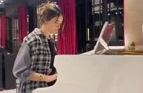 Zehra Güneş piyano çaldığı anları paylaştı!
