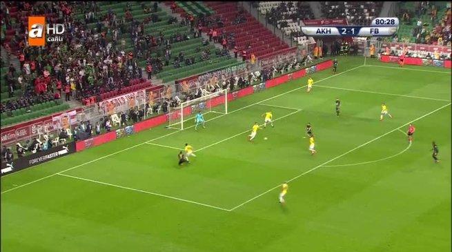 T.M. Akhisarspor: 3 - Fenerbahçe: 1
