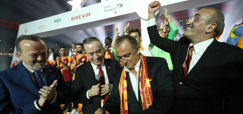 Galatasaray'dan Fatih Terim'e 5 yıllık imza!