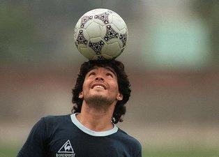 Futbol dünyasından bir efsane geçti! İşte Maradona'nın kariyeri   Diego Maradona kimdir?