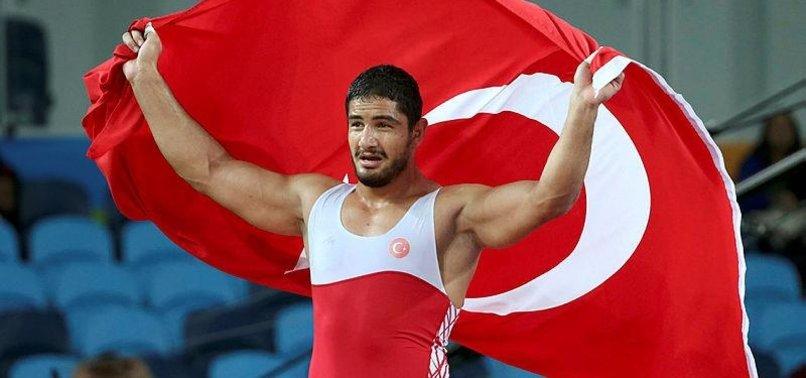 Taha Akgül Dünya Şampiyonası'nda finalde