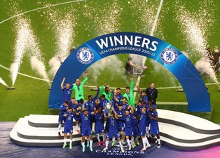 Son dakika spor haberi: Chelsea Şampiyonlar Ligi kupasını kaldırdı! İşte törenden görüntüler... | UEFA Şampiyonlar Ligi finali