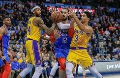 Lakers uzatmalarda kazandı