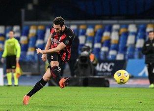 Hakan Çalhanoğlu transferini duyurdular! Premier Lig devi...