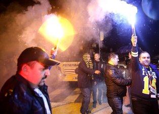 Fenerbahçeye coşkulu karşılama