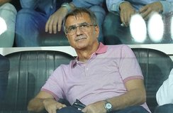 Şenol Güneş Başakşehir maçında tribündeydi