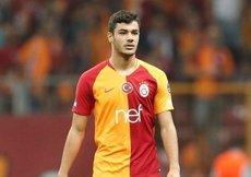 Galatasaray Ozan Kabak ile uzattı!
