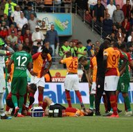 Galatasaraydan sürpriz karar! Emre Akbaba...