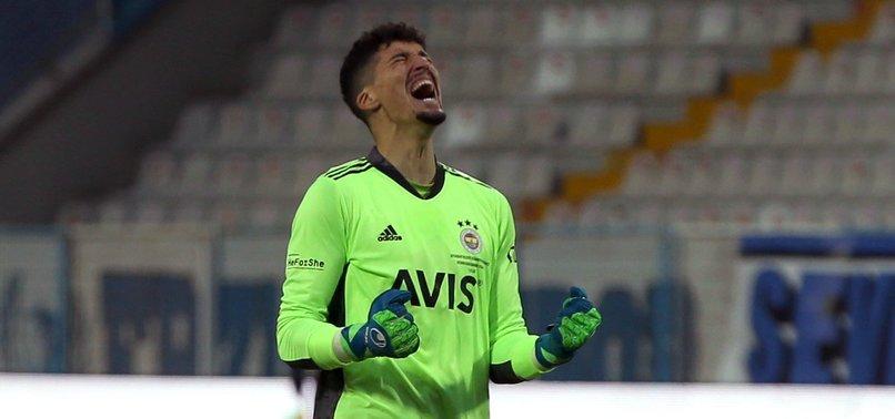 Fenerbahçe'de Altay Bayındır şoku! Antrenman sırasında...