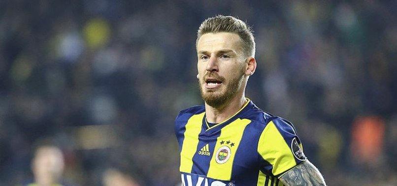 Serdar Aziz Fenerbahçe'den ayrılacak mı? Resmen açıkladı