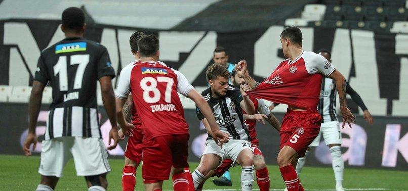 Son dakika spor haberi: Beşiktaş'ta 2 Karagümrük'te 3 değişiklik