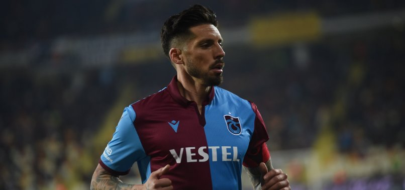 Jose Sosa'dan Trabzonspor'a kötü haber!