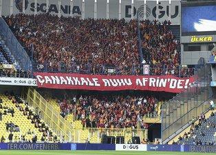 Galatasaray tribünlerinden Afrine destek!