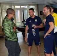 Fenerbahçenin yeni yıldızını Alex getirecek