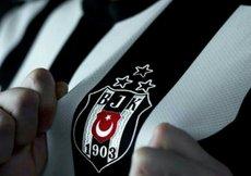 Beşiktaş 115. Yıl özel formasıyla ısınmaya çıktı