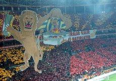 Galatasaray taraftarı şova hazır
