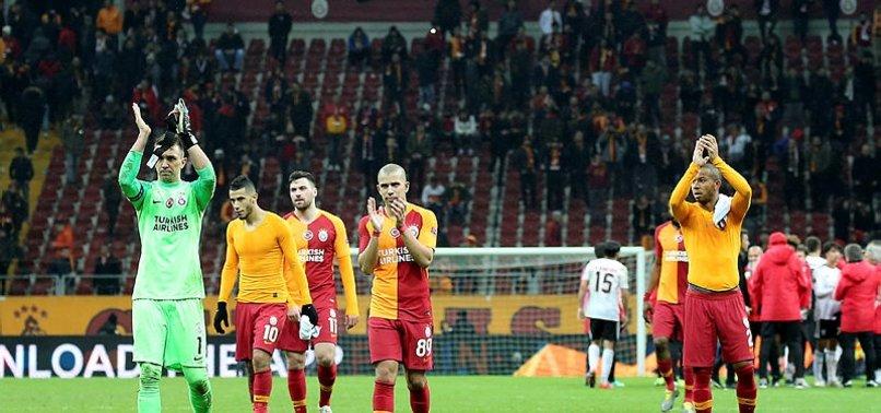Dün akşam Galatasaray Store'larda satış patlaması oldu