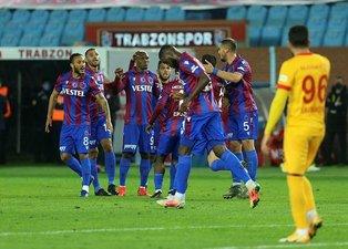 Trabzonspor-Kayserispor maçını böyle yorumladılar! Ablukaya aldı ama...