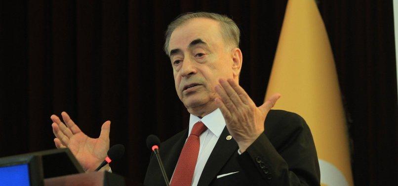 Mustafa Cengiz Eşref Hamamcıoğlu'yla kürsüde tartıştı