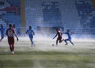 Erzurumspor-Hatayspor maçına o görüntüler damga vurdu! Buharlı zemin...