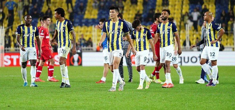 FENERBAHÇE HABERLERİ - Fenerbahçe - Antwerp maçı Belçika'da gündem oldu! İşte atılan manşetler