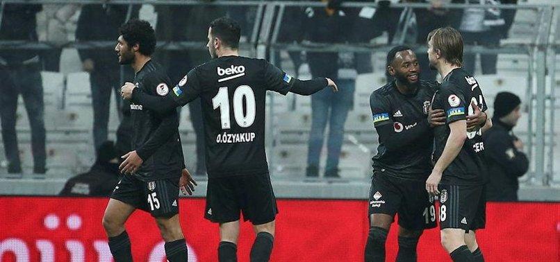 Beşiktaş'ta Caner ve Elneny arasında gerginlik