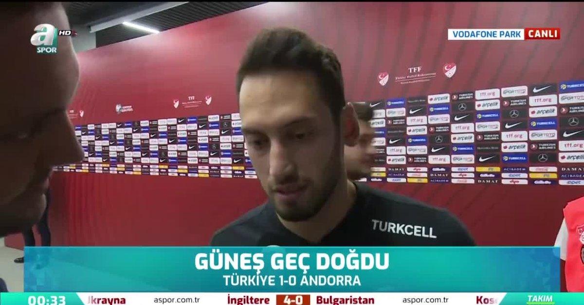 Hakan Çalhanoğlu'ndan eleştirilere yanıt!