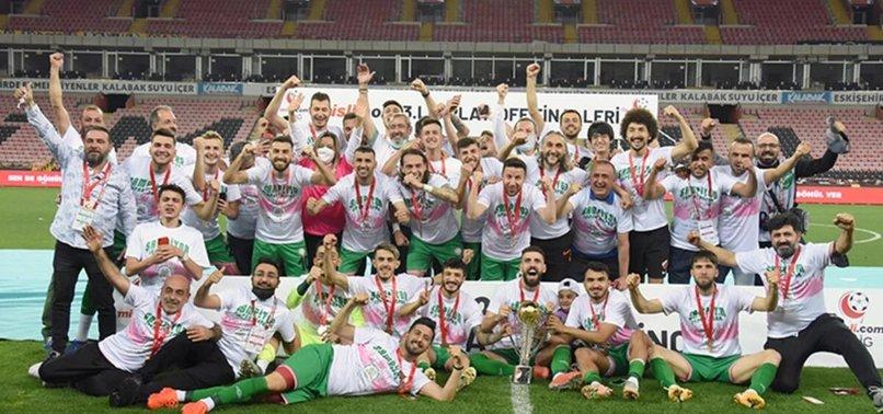 Isparta 32 spor penaltılarla 2. Lig'e yükseldi!