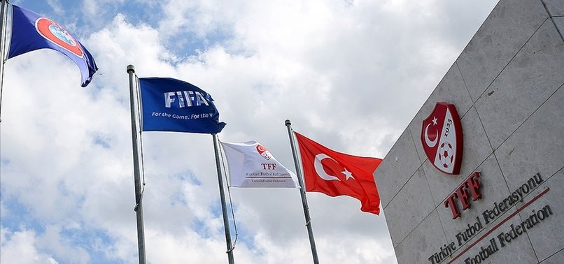 Son dakika spor haberi: Tahkim Kurulu'ndan Fenerbahçe, Galatasaray ve Kulüpler Birliği'ne ret! Yabancı kuralı...