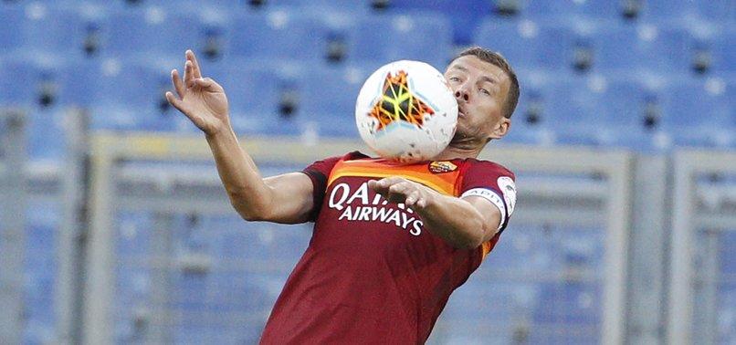 Son dakika spor haberi: Fenerbahçe'de gündem forvet transferi! Moussa Marega olmazsa Edin Dzeko...