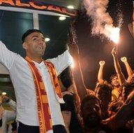 Galatasaray taraftarının Falcao karşılaması dünyayı şaşırttı!
