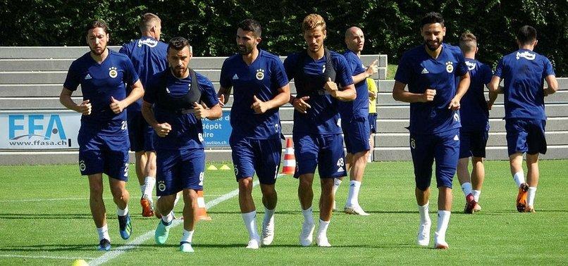 Fenerbahçe'de yeni transferler takımla çalıştı