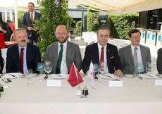 Galatasaray ile L. Moskova yöneticileri yemekte buluştu