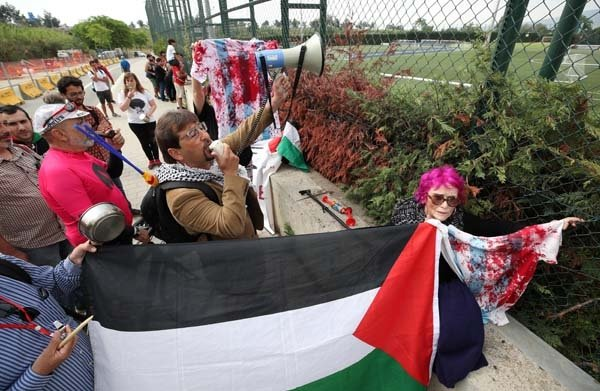 Lionel Messi ve arkadaşlarına tarihi İsrail protestosu sonuç verdi