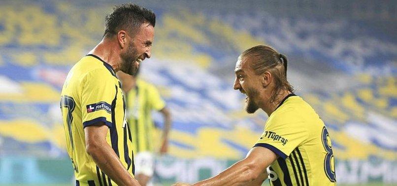 Fenerbahçe'de Caner Erkin ve Gökhan Gönül'den muhteşem dönüş!
