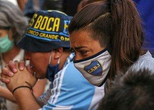 Diego Maradona'nın ölümünün ardından gözyaşları sel oldu!