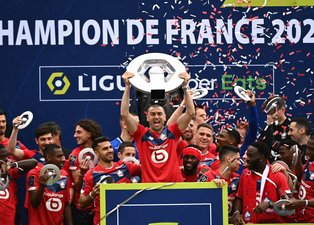 Son dakika spor haberi: Fransa Ligue 1'in şampiyonu Lille kupasını aldı!