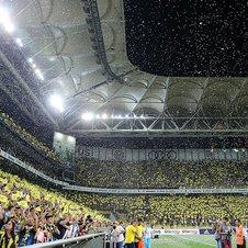 Fenerbahçeden Benfica paylaşımı: Burası Kadıköy!