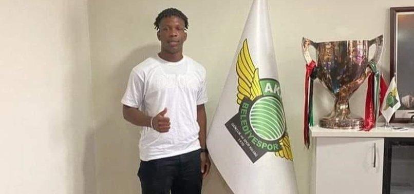 Akhisarspor'dan skandal transfer! Martins Chisom Onyebueke...
