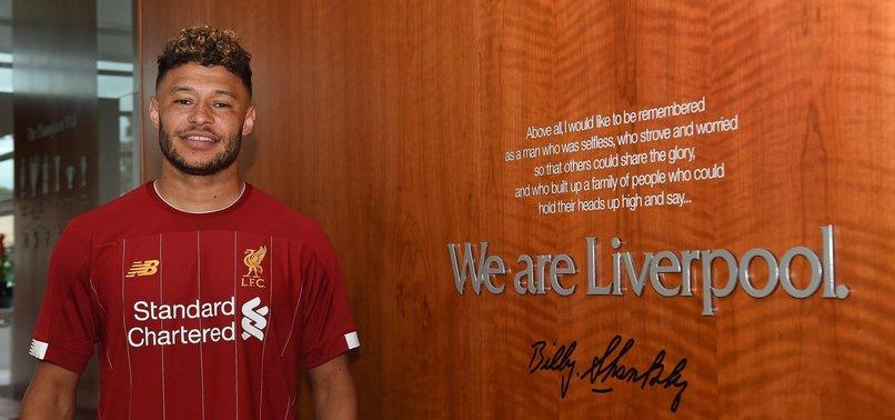 Liverpool Chamberlain'in sözleşmesini uzattı