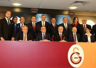 Galatasaray yönetimi bombaları patlatıyor! İşte Cimbomun kare ası!