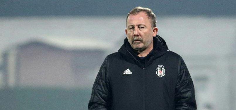 Beşiktaş stoperini Süper Lig'de buldu! Transfer takasla bitecek