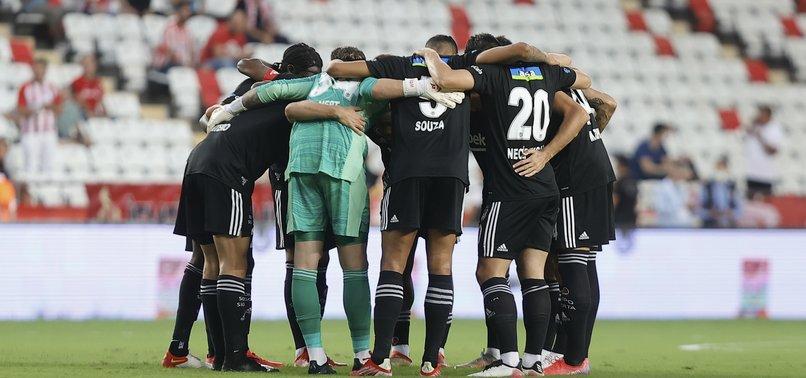 Son dakika spor haberi: Beşiktaş'ta Antalyaspor maçında şok sakatlıklar! Necip Uysal ve Mehmet Topal oyuna devam edemedi… (Bjk haberleri) - Aspor