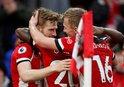 Southampton Aston Villa'yı ateş hattına attı