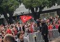 Fransız politikacıya bayrak golü