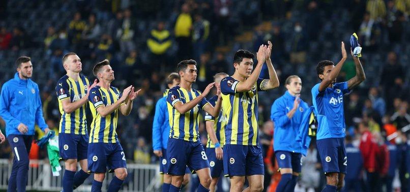 FENERBAHÇE HABERLERİ - Canlı yayında açıkladı! Fenerbahçe UEFA Avrupa Ligi grubundan nasıl çıkar?